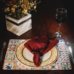 kit jogo americano azulejo colorido guardanapo vermelho portaguardanapo amor mdecore kjg0038